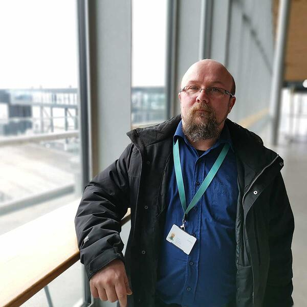 Avarn Securityn Helsingin Sataman palveluesimies Juhani Kujansuu